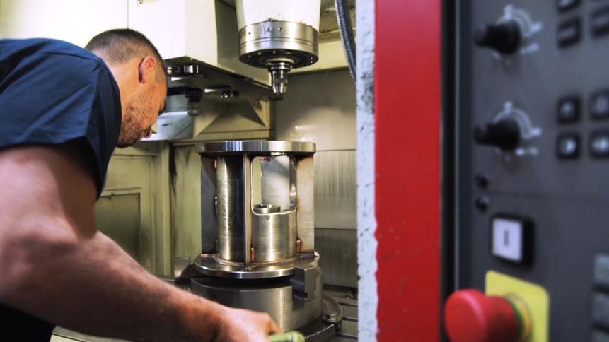 Fabricant d'agitadors industrials, mescladors en línia i instal·lacions completes de mescla